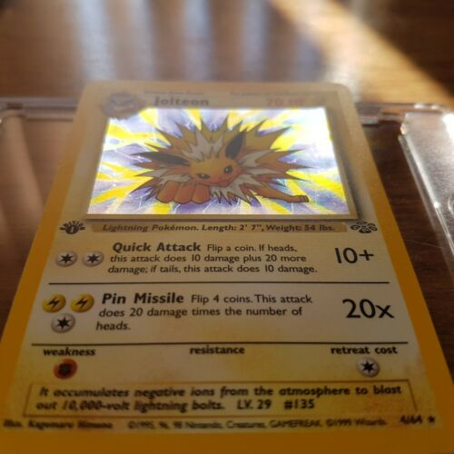 1st Edition Jungle Holo Jolteon Pokemon Card MINT  shiny