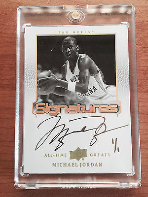2013 Upper Deck Michael Jordan All Time Greats Gold Signatures 11