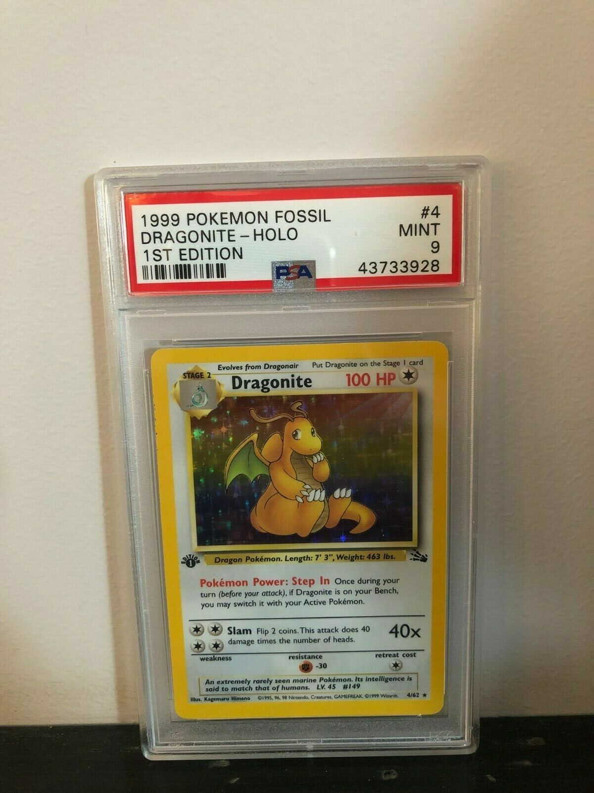 PSA 9 Mint Dragonite 1st edition Holo Fossil 1999 Pokemon Card 462