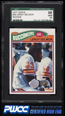 1977 Topps Football Leroy Selmon ROOKIE RC 29 SGC 1098 GEM MINT PWCCHE